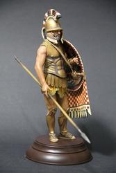Военно-историческая миниатюра древнегреческого гоплита 5 века до н.э.