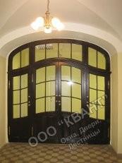 ----деревянные,  пластиковые двери и окна под заказ