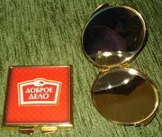 Зеркала. Зеркало с логотипом