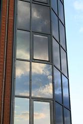 Тонировка стекол здания