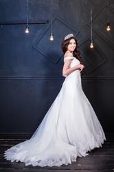 Шикарное свадебное платье Итальянского бренда Prima La Sposa