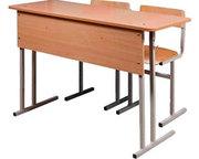 Школьная парта с двумя стульями