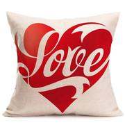 Подушки ко дню влюбленных. Печать на подушках разных рисунков,  принтов