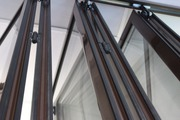 Алюминиевые раздвижные перегородки