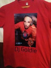 Продам 2 футболки 48р DJ Goldie   DEATH.новые