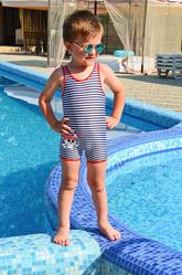 Полосатый купальник для мальчика Della Ho-Ho